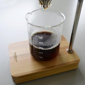ビーカーでコーヒー
